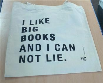 8713791008538 - Linnen tas: I Like Big Books